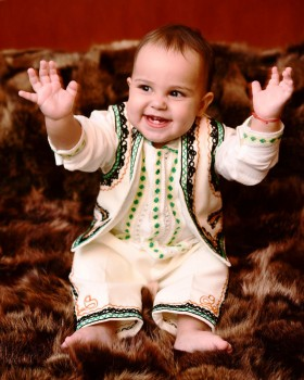 HANDMADE EMBROIDERED OUTFIT - Joy Motif