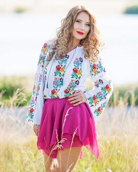 IE TRADITIONALA ROMANEASCA - Motivul Flori de Mai