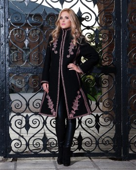 EMBROIDERED WOOL COAT - Elegance Motif
