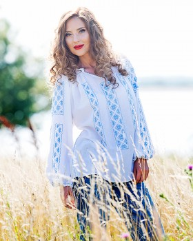 TRADITIONAL HANDMADE BLOUSE - Blue Sky Motif