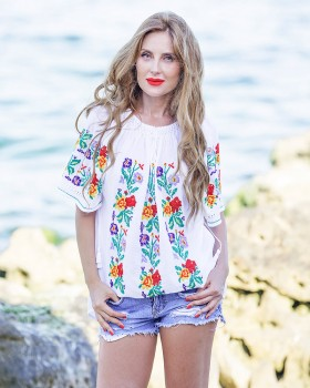 HANDMADE EMBROIDERED BLOUSE - May Flowers in Bloom Motif
