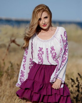 TRADITIONAL HANDMADE BLOUSE - Purple Rose Motif