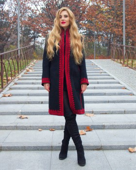 EMBROIDERED WOOL COAT - Passion Motif